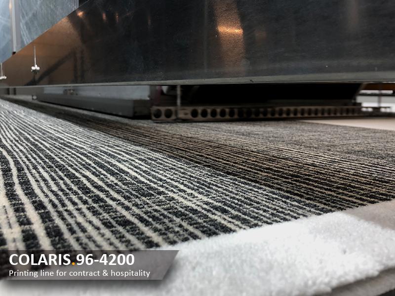 Infloor und Girloon betreiben in Herzebrock-Clarholz seit Mitte 2017 eine 400 cm breite Digitaldruckanlage der Baureihe Colaris von Zimmer aus Österreich.